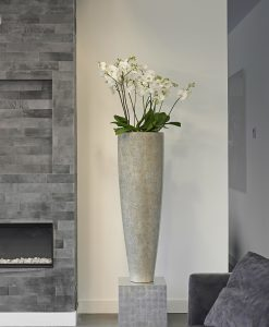 Rango Vase Medium Eggshell White